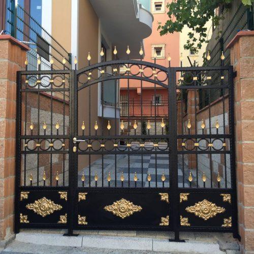 apartman ferforje giriş kapısı