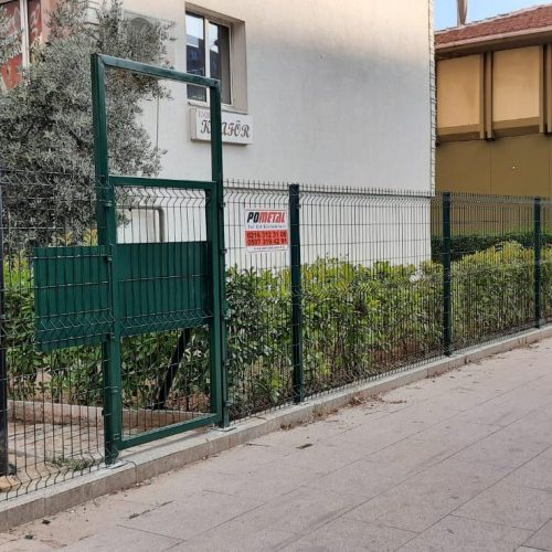 Gebze Mutlu Kent Rüzgar Sitesi'nde yapmış olduğumuz panel çit uygulaması